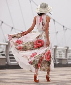 Fashion Ideas: Stunning Long Floral Airy Dress