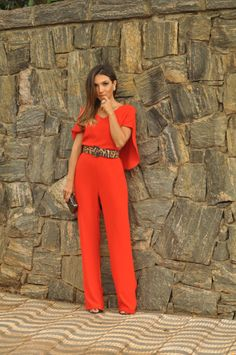 orange jumpsuit leopard belt Chic Outfits, Fashion Outfits, Womens Fashion, Casual Chic, Casual Wear, What To Wear To A Wedding, Jumpsuit Outfit, Pants For Women, Clothes For Women