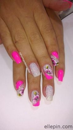 Too cute pink nails with flowers and glitter nail art. Perfect for summer nailart nailswag.Too cute pink nails with flowers and glitter nail art. Perfect for summer nailart nailswag nailstagram , art Cute flowers Glitter glitternail Nail NailArt na Flower Nail Designs, Pink Nail Designs, Flower Nail Art, Nails Design, Cute Pink Nails, Pretty Nails, Colorful Nails, Nagel Gel, Glitter Nail Art