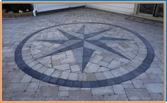 Decorative Design in Paver Patio