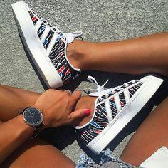 Sneakers femme - Adidas Superstar (©_yessuperstar)