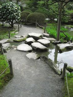 The Japanese Garden in Seattle is ranked as one of the best in the US. Designed by Juki Iida in it is a compact stroll garden (no karesansui) around a beautiful pond. Seattle Japanese Garden, Japanese Garden Design, Japanese Gardens, Stone Walkway, Stone Path, Garden Paths, Garden Landscaping, The Pleasure Garden, Asian Garden