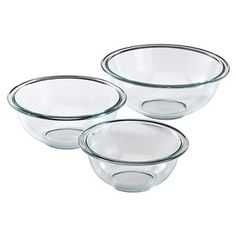 The Pyrex Glass Mixing Bowl Set is designed to make stirring and mixing quick and easy. Pyrex set includes one each of and glass mixing bowls. Made from pure Pyrex glass, these bowls are microwave, dishwasher, preheated oven, and freezer safe. Enchilada Sauce, Macarons, Cheese Stuffed Chicken, Nordic Ware, Mixing Bowls, Baking Tools, Baking Ideas, Baking Set, Baking Cakes