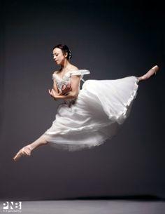 Photo Shoot: Kaori Nakamura as Giselle | Pacific Northwest Ballet