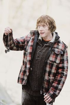 I never thought I would ever love a boy with the passion that I love Ron Weasley. Then I met my boyfriend James. He is the perfect Ron to complement my Hermione. Harry Potter Fandom, Harry Potter World, Harry Potter Characters, Ron Weasly, Hogwarts, Must Be A Weasley, Deathly Hallows Part 1, Ron And Hermione, Rupert Grint