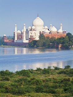 Taj Mahal, UNESCO WHS, Yamuna River, Agra, India