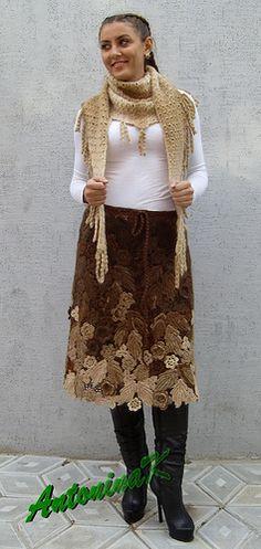 Brown skirt - appliquéd leaves