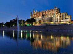 Catedral de Palma de Mallorca, islas baleares, España. pic.twitter.com/TQaTv6htmQ