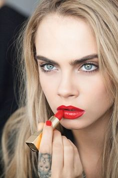 If Cara Delevingne is doing it, then so are we - YSL Beauty Rouge Pur Couture                                                                                                                                                      Más