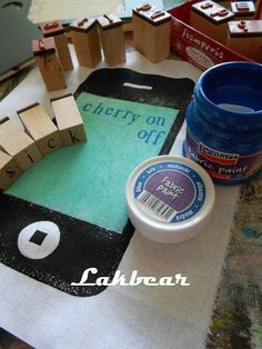 Lakbear has shared 1 photo with you! Handmade Stamps, Amazon Echo, Fitbit, Photos, Diy, Blue, Pictures, Bricolage, Do It Yourself