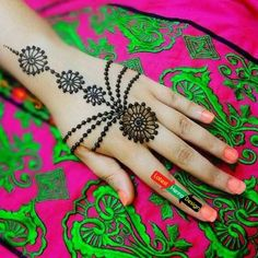When we deal with backhand henna designs, how we forget to include the bindi style mehndi designs. In following designs, Round dotted Bindi started just from the root of middle finger proceeded with 3 dotted lines on both sides proceeded with three gradually increased in size of rounded bindi with dotted boundary.   http://www.latesthennadesigns.com/2017/07/20-best-backhand-mehndi-designs.html  #henna #hennaart #hennadesigns #simplehenna #mehndi #mehndiart #mehndidesigns #simplemehndi