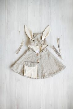 Turtle & Bunny Clothes - Paul & Paula Turtle & Bunny Clothes - Paul & Paula , Tortoise & the Hare Clothing - Paul & Paula , Kids costumes, kids dress ups and kids halloween costume. Kids Dress Up, Baby Dress, Fashion Kids, Toddler Fashion, Cape Bebe, Vestidos Vintage, Baby Kind, Kid Styles, Kids Wear