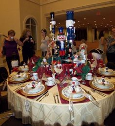 Minus the tin soldier centerpiece-love the idea with the red placemats.