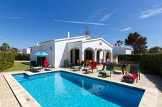 Villa Avellano is a beautiful 3 bedroom villa with private pool, wifi, air con. Villa Plus, Villa With Private Pool, Menorca, Family Holiday, Us Travel, Spain, Places To Visit, Mansions, House Styles
