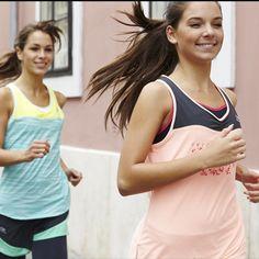 Pour améliorer sa condition physique en course à pied, il est indispensable de travailler son endurance et respirer efficacement pendant l'effort. L'endurance est la capacité à maintenir un niveau d'intensité sur une vitesse de course. Propres à chaque coureur, les capacités d'endurance permettent de progresser sans ressentir une fatigue excessive en fin d'effort. Pour gagner en performance, chaque coureur même débutant doit courir en parfaite aisance respiratoire pendant toute la course.