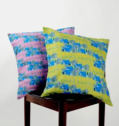 Shop for pillows on Etsy, the place to express your creativity through the buying and selling of handmade and vintage goods. Textile Fabrics, Decorative Cushions, Wonderful Things, Pink And Green, Fabric Design, Print Patterns, Throw Pillows, Unique Jewelry, Handmade Gifts