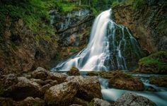 Обои водопад, вода, поток, камни, мох картинки на рабочий стол, раздел природа - скачать