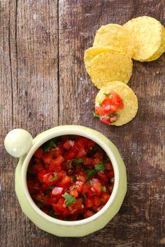salsa fresca Salsa Fresca, Tex Mex, Chana Masala, Mexican, Ethnic Recipes, Dipper, Dressing, Food, Lasagna