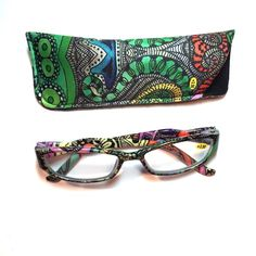 3.50 reading glasses retro pattern with case 3.50 reading glasses retro pattern with case Accessories Glasses
