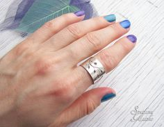 Floral silver ring, Silver floral band, Flower ring, Leaf ring, Flower wide ring, Botanical ring, Leaf ring, Nature ring, Delicate ring