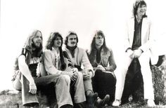 Yes, and this line up too! Rick Wakeman, Jon Anderson, Alan White, Steve Howe, and Chris Squire. I saw the SO MANY TIMES. Hard to count. AMAZING in concert. Prog at its best.