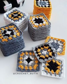 Transcendent Crochet a Solid Granny Square Ideas. Inconceivable Crochet a Solid Granny Square Ideas. Baby Afghan Crochet, Crochet Quilt, Crochet Afgans, Crochet Motif, Diy Crochet, Crochet Crafts, Crochet Flowers, Crochet Stitches, Crochet Projects