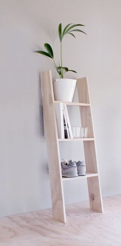 THE WOOD COLLECTOR | Step ladder storage