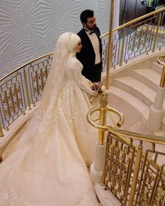 China Long Sleeves Muslim Bridal Ball Gown Lace Hijab Wedding Dresses Find details about China Wedding Dresses, Bridal Dress from Long Sleeves Muslim Bridal Ball Gown Lace Hijab Wedding Dresses - Suzhou Leader Apparel Co. Muslim Wedding Gown, Muslimah Wedding, Muslim Wedding Dresses, Wedding Hijab, Couple Wedding Dress, Pregnant Wedding Dress, Bridal Hijab, Bridal Gowns, Princess Wedding