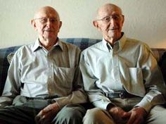 Carter Identical Twins Turn 100 Twin Girls, Twin Sisters, Twin Humor, Multiple Births, Conjoined Twins, Love Twins, Two Of A Kind, It Takes Two, People Of Interest