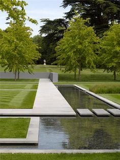 Why You Should Invest In Simple Water Features For Your Home Garden – Pool Landscape Ideas Contemporary Garden Design, Modern Landscape Design, Modern Landscaping, Contemporary Landscape, Outdoor Landscaping, Outdoor Gardens, Garden Modern, Contemporary Bedroom, Contemporary Apartment