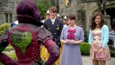 Descendants 2015, Mal And Evie, Modern Disney, Snow White, Disney Characters, Fictional Characters, Disney Princess, Snow White Pictures, Sleeping Beauty