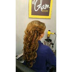 #GlamHalfupHalfdown #MediacolaGlam #halfuphalfdown #mediacola #axelcola #axelmediacola #hairdresser #hairstylist #estilista #peluquero #peluqueria #Panama #pty #pty507 #picoftheday #axel04