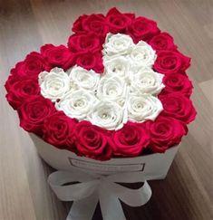 Arrangement Floral Rose, Valentine Flower Arrangements, Rose Flower Arrangements, Valentines Flowers, Valentine Decorations, Valentine Nails, Valentine Ideas, Happy Birthday Flower, Birthday Bouquet