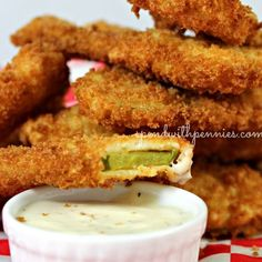 Pin Fried Dill Pickles Where have these been all my life? Really? I tried these for the first time last week at a restaurant and had to come home and figure out how to make them myself! I am telling you, these are my newest addiction! (And I may or...