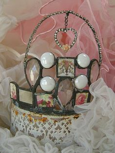 Rita Reades crown~Rita will be at that June 1st&2nd 2012 show @ The Vintage Marketplace in Fallbrook/Rainbow Ca...