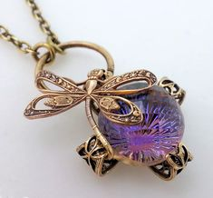 Etsy の Bellissima dragonfly necklace Art Nouveau bug by Federikas