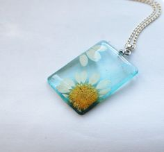 Pressed Daisy Flower Necklace Resin Jewelry by NaturalPrettyThings