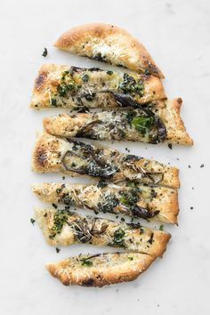 Made with seasonal spring ramps, pecorino romano and buffalo mozzarella, we have done our take of cacio e pepe by turning it into a simple and delicious pizza. Pizza Recipes, Real Food Recipes, Vegetarian Recipes, Flatbread Recipes, Cheese Recipes, Easy Recipes, Summer Recipes, Vegan Vegetarian, Baking Recipes