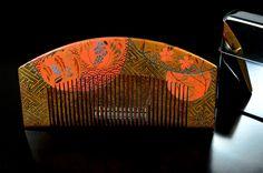 Antique Kushi Kanzashi - Gold Lacquered Hair Comb - Japanese Kushi Comb