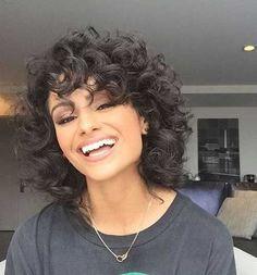 8. Short Curly Hairstyle for Women #WomenHaircutsShag
