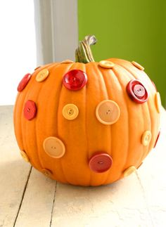Easy fall decoration.  Would be cute to use to make P a Lalaloopsy pumpkin for Halloween.