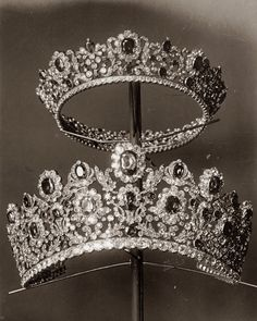 """thestandrewknot: """" The Tiara and Comb from the Duchess of Angoulême's Ruby Parure (Pierre-Nicholas Menière, """" Royal Crowns, Royal Tiaras, Tiaras And Crowns, Royal Diamond, Diamond Tiara, Antique Jewelry, Vintage Jewelry, Royal Jewelry, Circlet"""