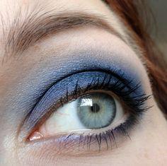 Blue smokey eye w/ Sugarpill and Ponyhütchen eyeshadows.