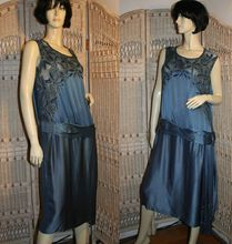 Exquisite 20's Peacock Blue Silk Beaded Flapper Dress M Display Piece