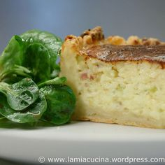 Einsiedler Ofeturli: runde Form, 18 cm Small Cake, Risotto, Tasty, Ethnic Recipes, Food, Onion Tart, Bakken, Easy Meals, Essen