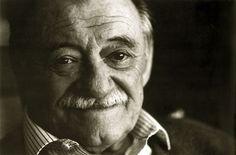 A vos mi querido Mario, a vos que me enseñaste muy bien que podemos estar jodidos pero también radiantes.
