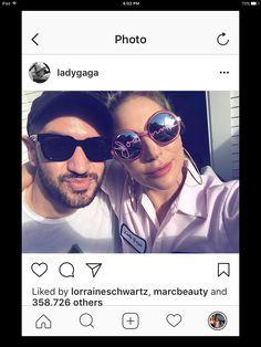 Lady Gaga Round Sunglasses, Mirrored Sunglasses, Mens Sunglasses, Lady Gaga, Fashion, Moda, Round Frame Sunglasses, Fashion Styles, Men's Sunglasses