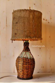 "-Lampada bottiglia ""Fiasco antico"". -Antique wicker bottle"" table lamp.  #etsy #handmade #crafts #wood #homedecor #etsyshop #vintage #woodenlamp #home #decor #madeinitaly #fattoamano #legno #arredamento #riciclo #upcycling #casa #furniture #woodworking"