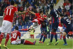 Benfica abdicou da sua parte da receita nesta partida. No entanto, e ao que O JOGO apurou, 45 mil euros terão de ser pagos ao Estoril. O Benfica abdicou da