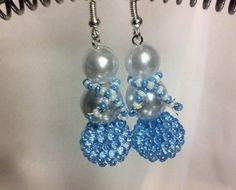 Beaded snowmen earrings for the holidays by MindForBeads on Etsy